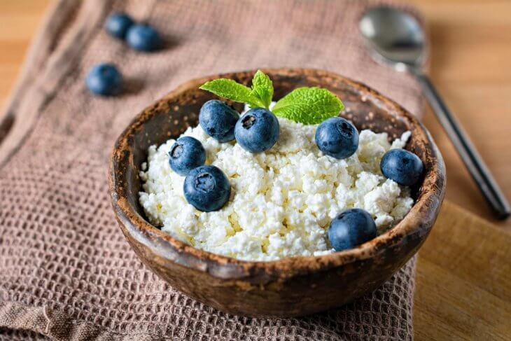 cottage cheese blue berries